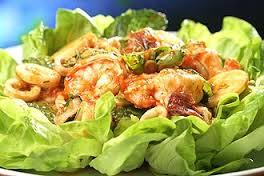 salada_camarão_abacate